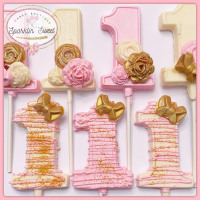 12 Pink and Gold Lollipops