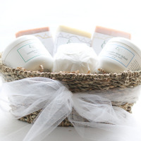 Organic Smooth Skin Pamper Gift- in a Gift Basket - Health and Beauty Essentials